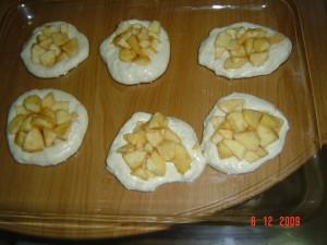 булочки с яблоком.шаг 3.1